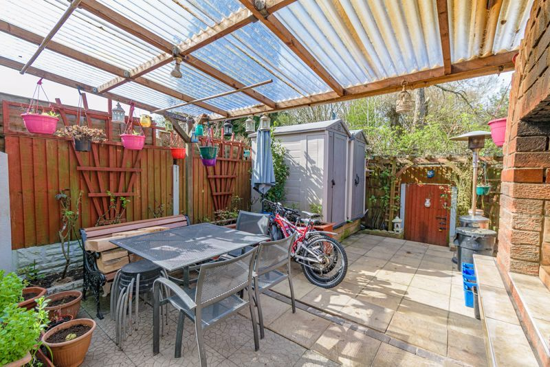 3 bed house for sale in Upper Close 13