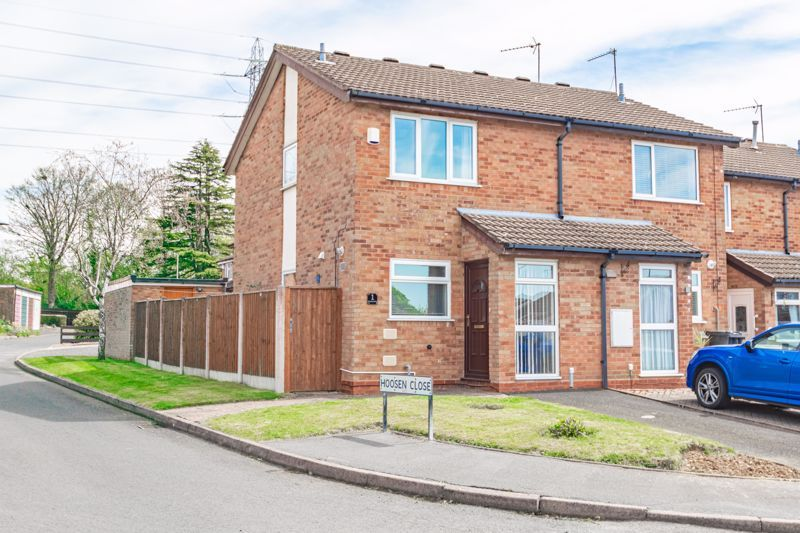 2 bed house for sale in Chantry Drive 1