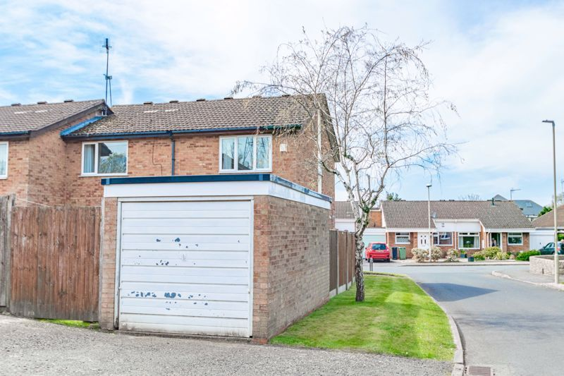 2 bed house for sale in Chantry Drive 13