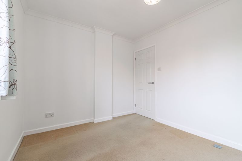 2 bed house for sale in Chantry Drive 14