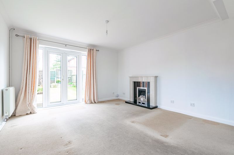 2 bed house for sale in Chantry Drive 3