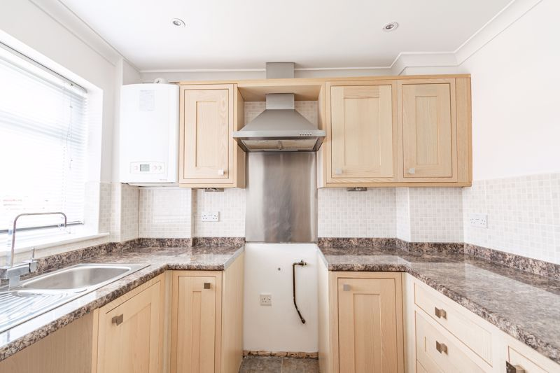 2 bed house for sale in Chantry Drive  - Property Image 5