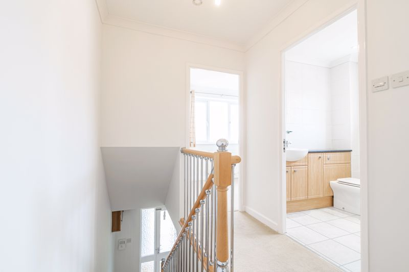 2 bed house for sale in Chantry Drive 6
