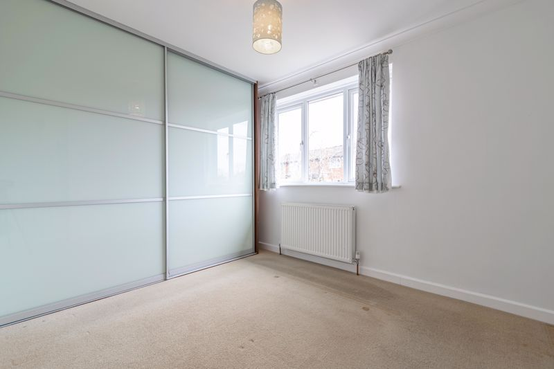 2 bed house for sale in Chantry Drive 7