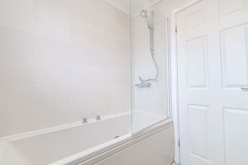 2 bed house for sale in Chantry Drive 10