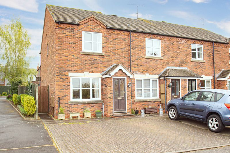2 bed house for sale in Dewsbury Close 1