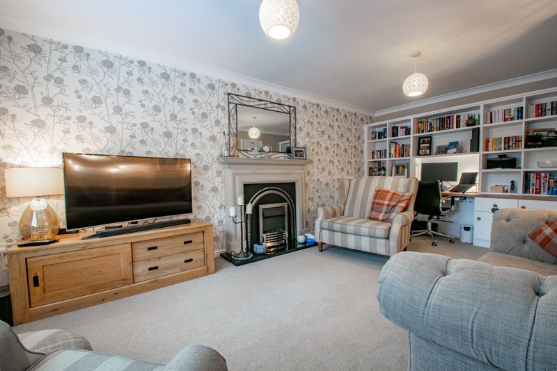 3 bed house for sale in Mill Court 2