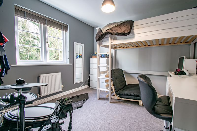 3 bed house for sale in Mill Court 10