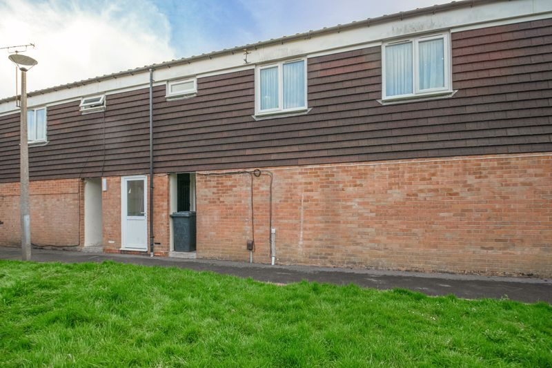 1 bed flat for sale in Binton Close 8