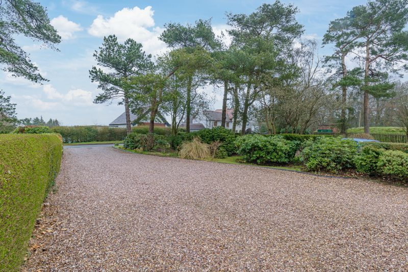 4 bed house for sale in Monument Lane  - Property Image 2
