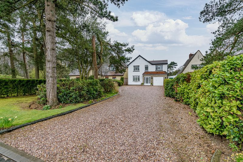 4 bed house for sale in Monument Lane 20
