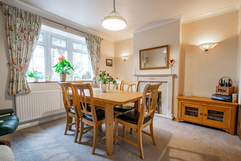 4 bed house for sale in Monument Lane 5