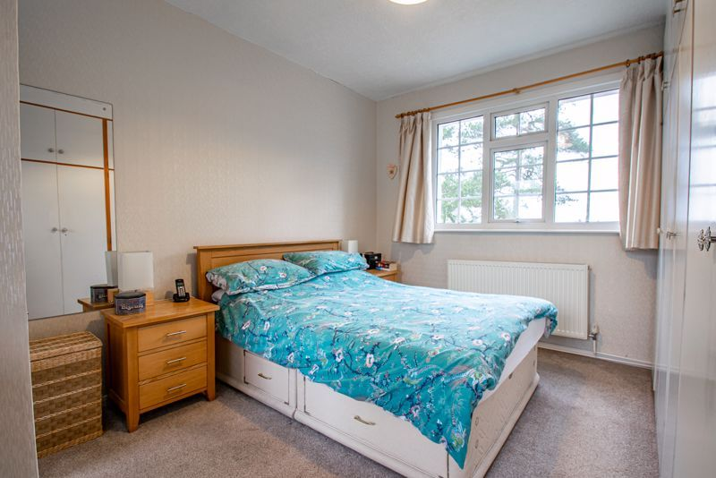 4 bed house for sale in Monument Lane 8