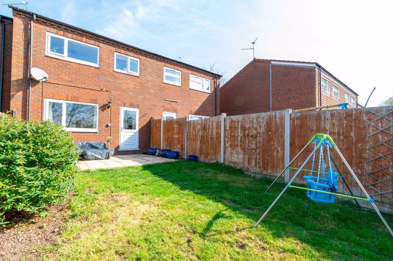 3 bed house for sale in Churchward Close 13