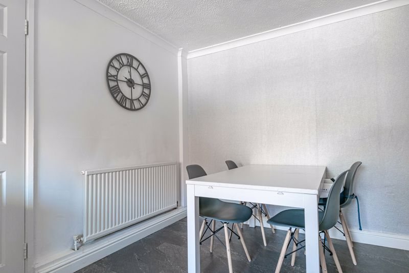 3 bed house for sale in Churchward Close 5