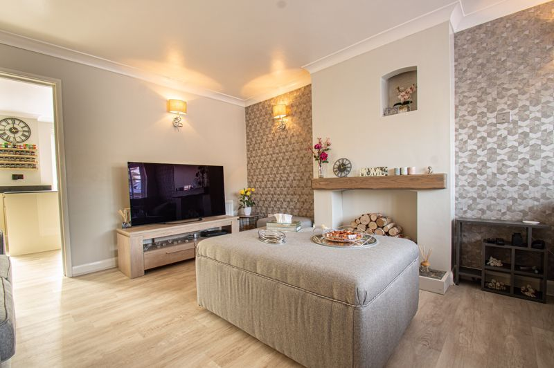 3 bed house for sale in Marshwood Croft 2
