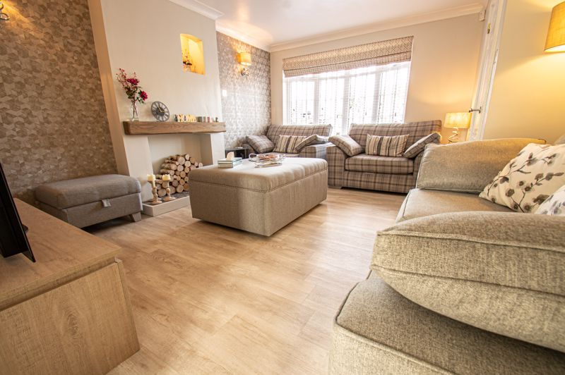 3 bed house for sale in Marshwood Croft 3