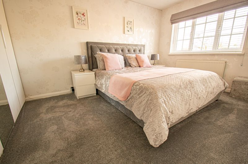 3 bed house for sale in Marshwood Croft 7
