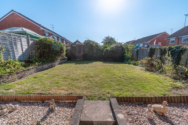 3 bed house for sale in Maisemore Close 11