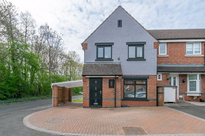 3 bed house for sale in Britannia Close - Property Image 1