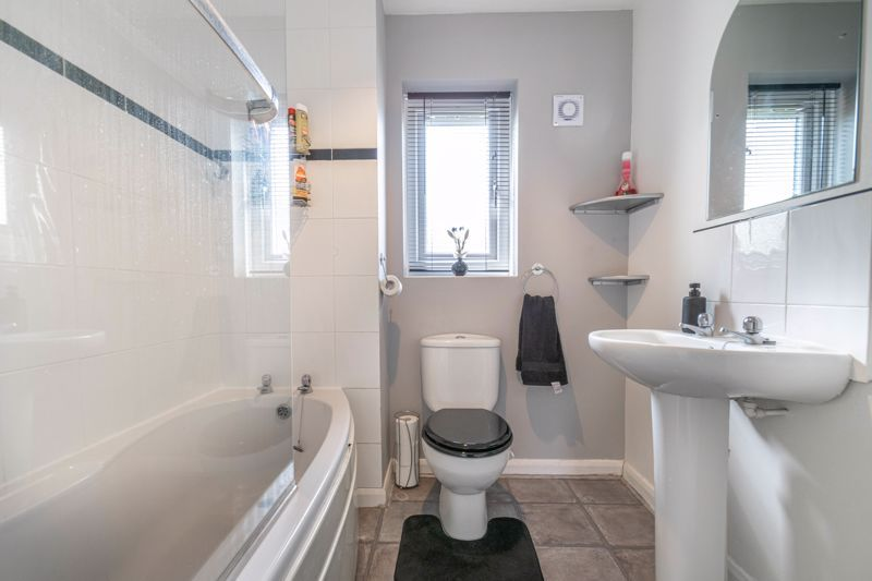 3 bed house for sale in Britannia Close  - Property Image 11