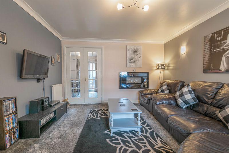 3 bed house for sale in Britannia Close 7