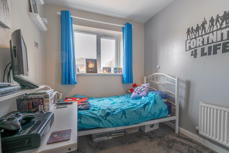 3 bed house for sale in Britannia Close 10