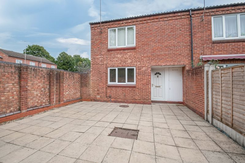 2 bed house for sale in Exhall Close 1