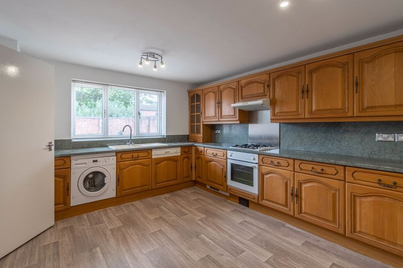 2 bed house for sale in Exhall Close 2