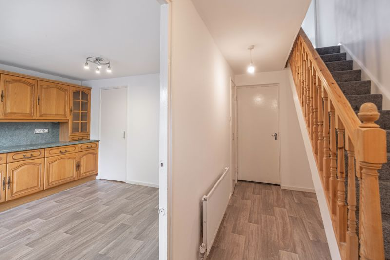 2 bed house for sale in Exhall Close 5