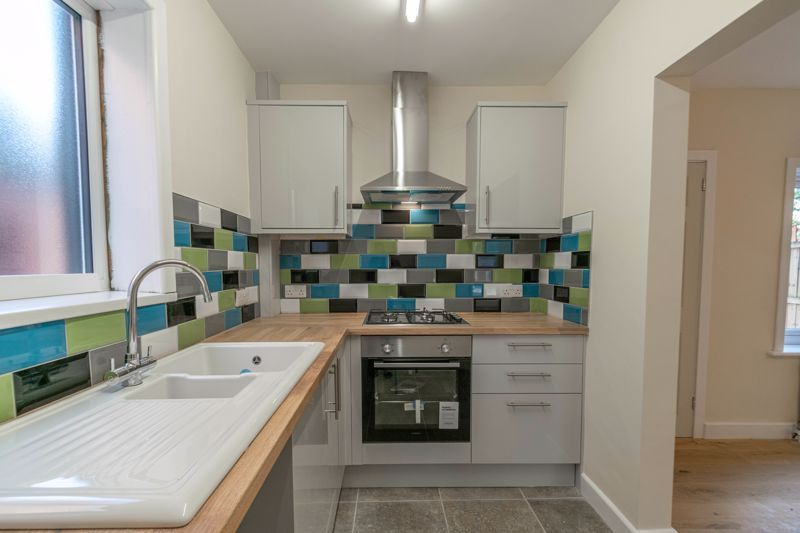 3 bed house for sale in Highfield Avenue 2