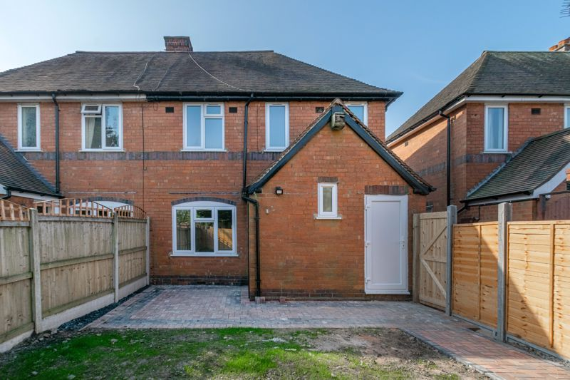 3 bed house for sale in Highfield Avenue 13
