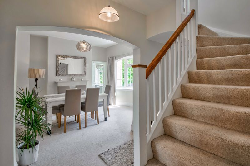 4 bed house for sale in Alcester Road 2