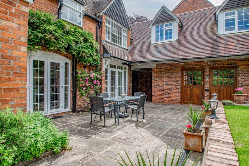 4 bed house for sale in Alcester Road  - Property Image 15