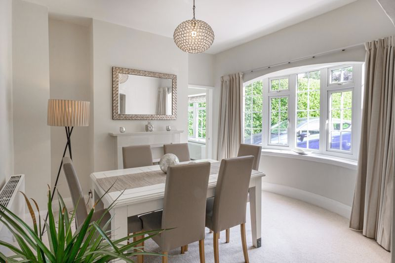 4 bed house for sale in Alcester Road 18