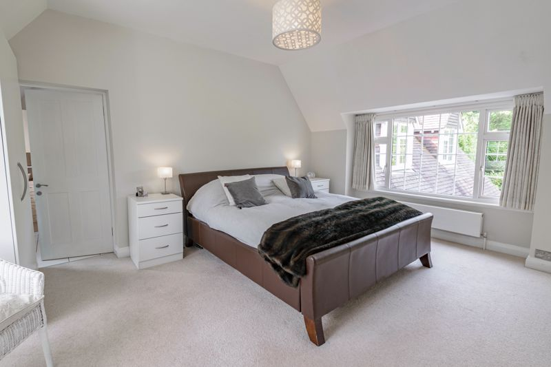 4 bed house for sale in Alcester Road 7