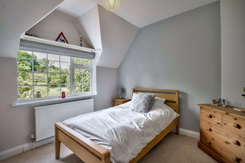 4 bed house for sale in Alcester Road  - Property Image 9