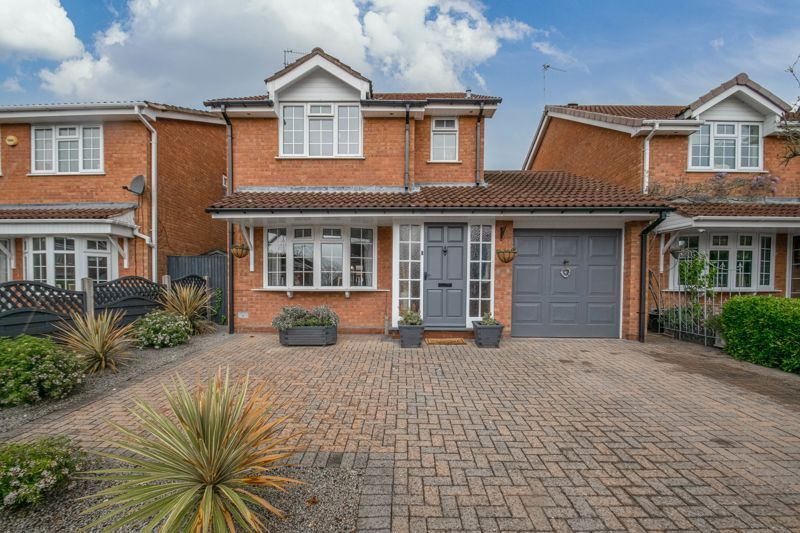 3 bed house for sale in Home Meadow Lane 1