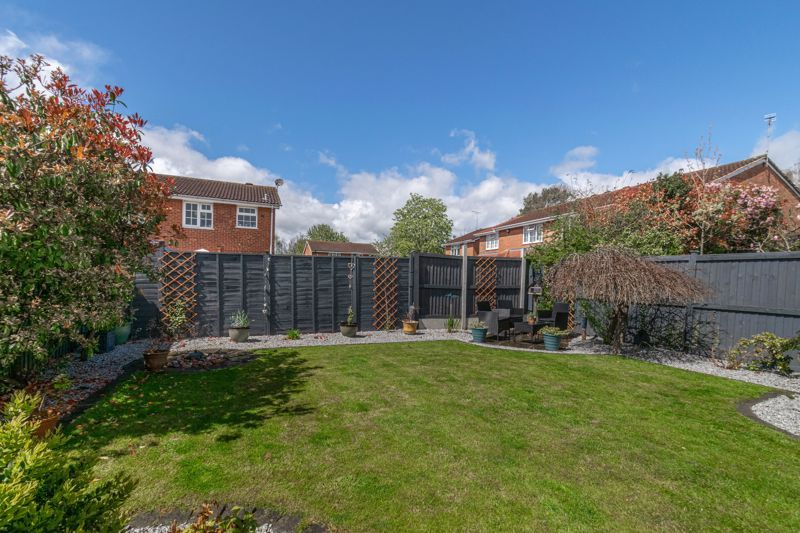 3 bed house for sale in Home Meadow Lane 12