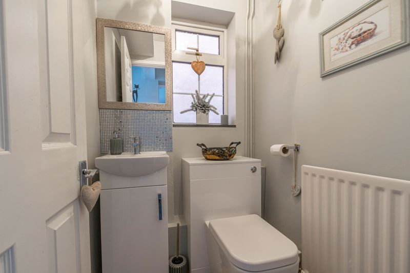 3 bed house for sale in Home Meadow Lane  - Property Image 17