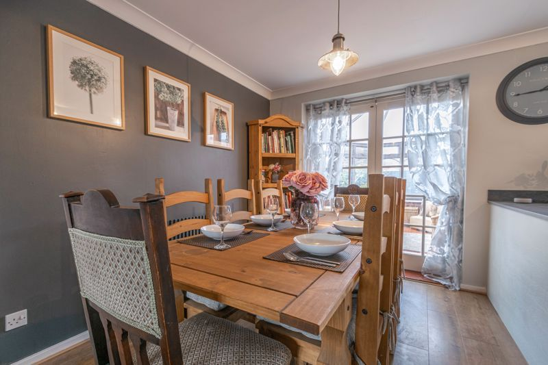 3 bed house for sale in Home Meadow Lane 18