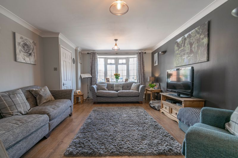 3 bed house for sale in Home Meadow Lane  - Property Image 4