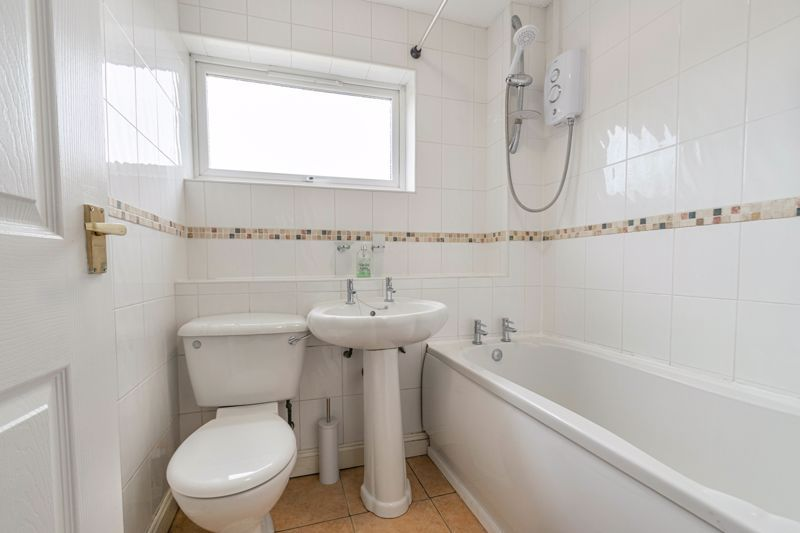 3 bed house for sale in Barnwood Close 11