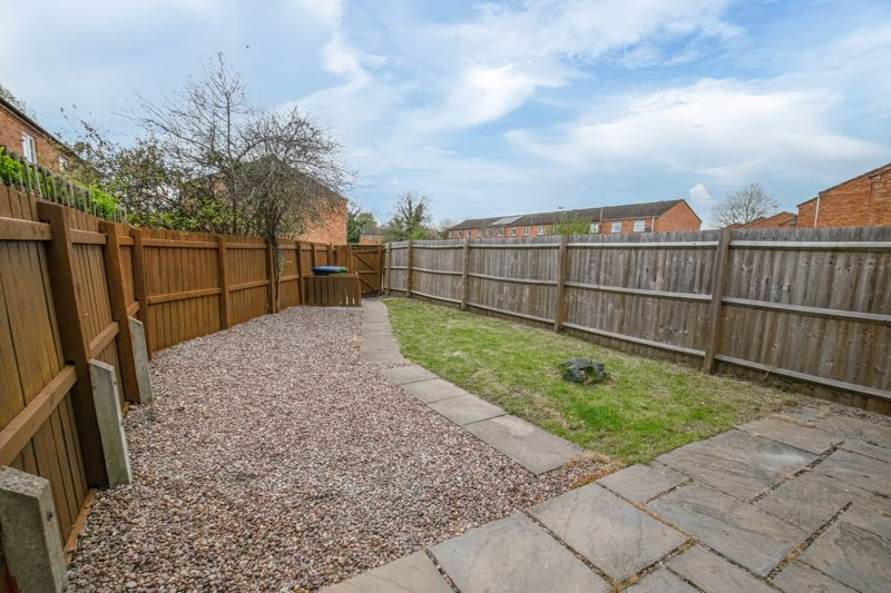 3 bed house for sale in Barnwood Close 12