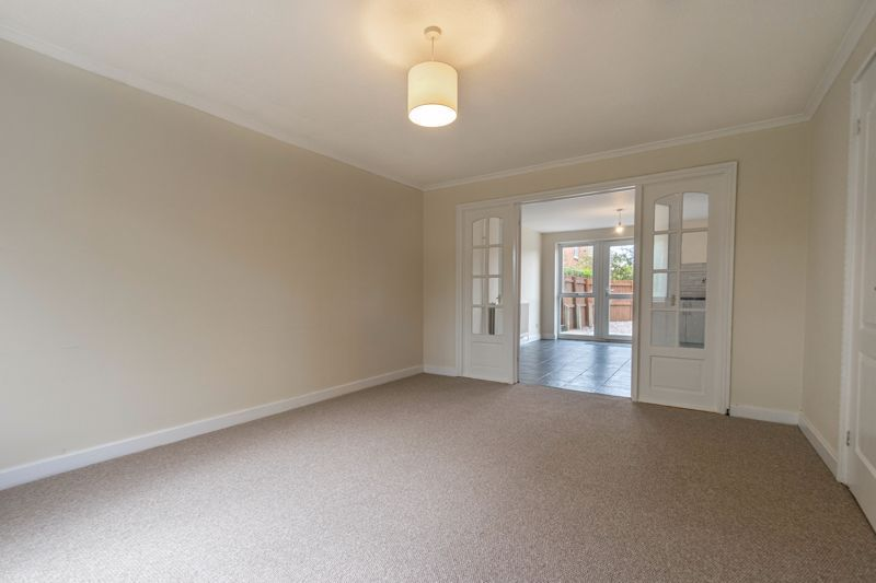 3 bed house for sale in Barnwood Close 6
