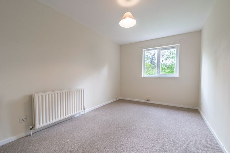 3 bed house for sale in Barnwood Close  - Property Image 9