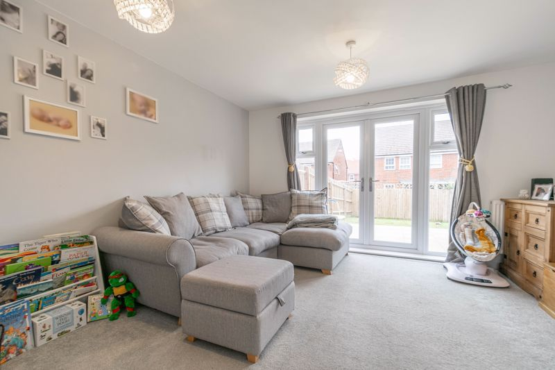2 bed house for sale in Ivyleaf Close 14