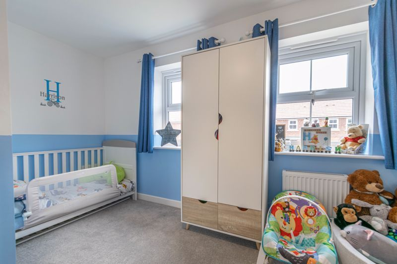 2 bed house for sale in Ivyleaf Close 8