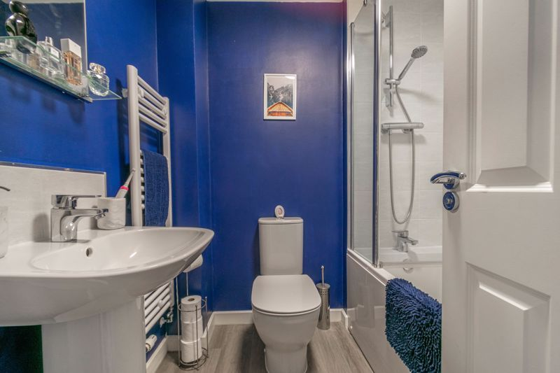 2 bed house for sale in Ivyleaf Close 10