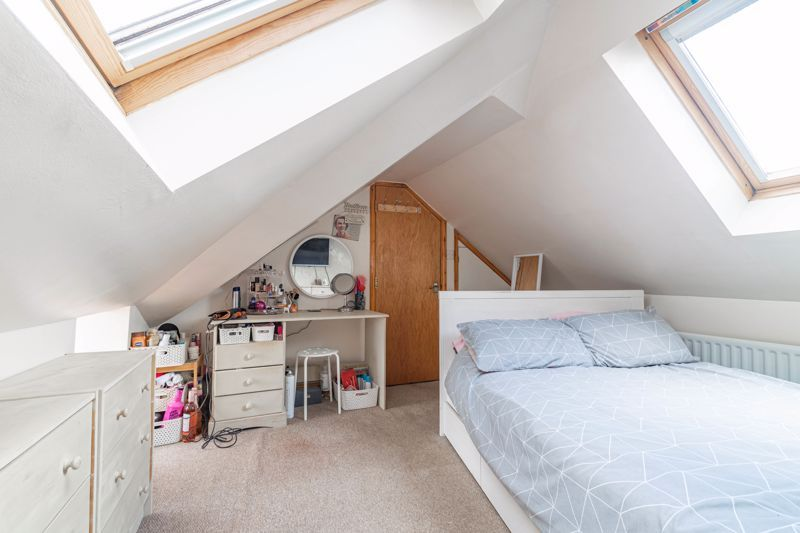 5 bed house for sale in Spies Lane 9